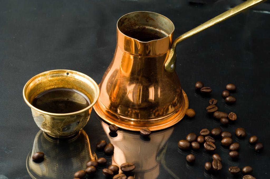 Turecká káva - džezva a šálka