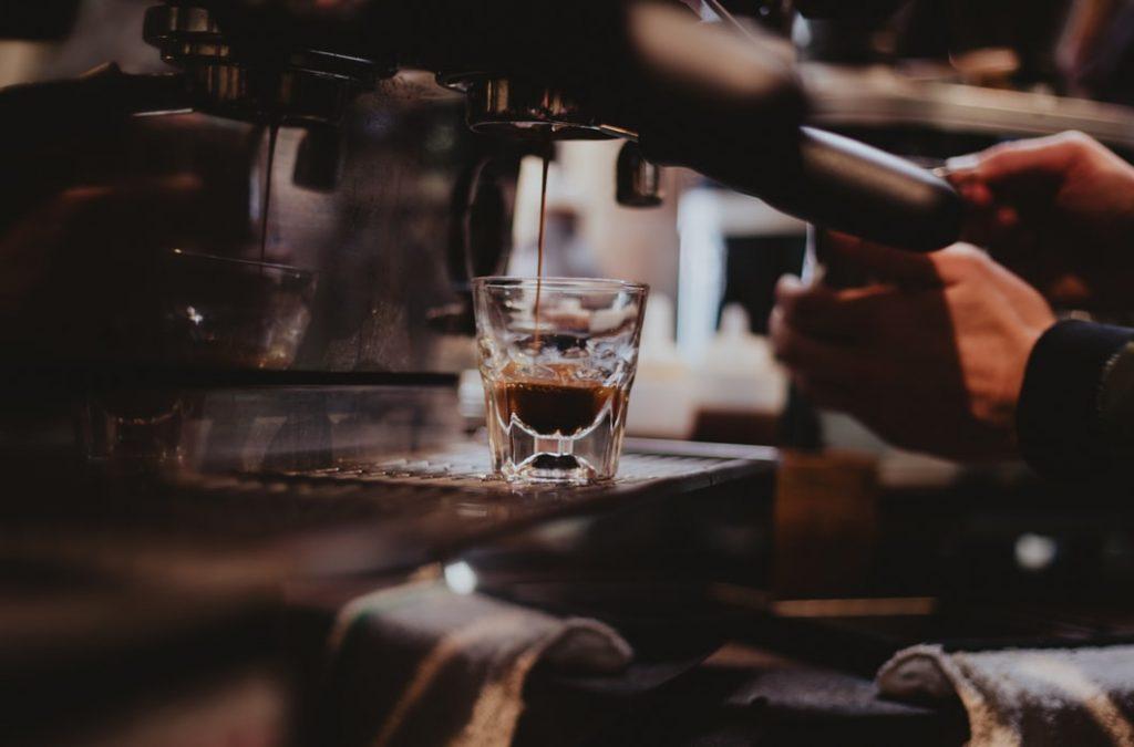 Kvalitná káva a filtrovanie vody