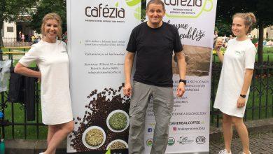 Photo of Cafézia sa popíjala počas Art Film Festu, prezentoval ju sám doktor Dobránsky
