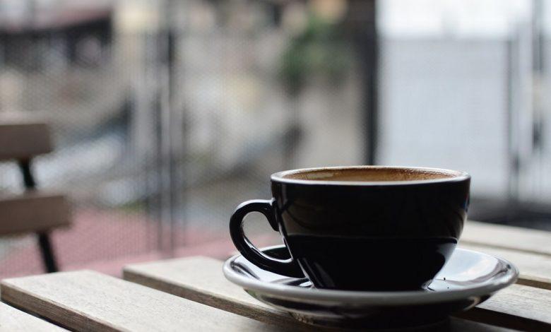 Káva bola označená za horký vynález Satana; odobriť ju musel pápež Klement VIII.