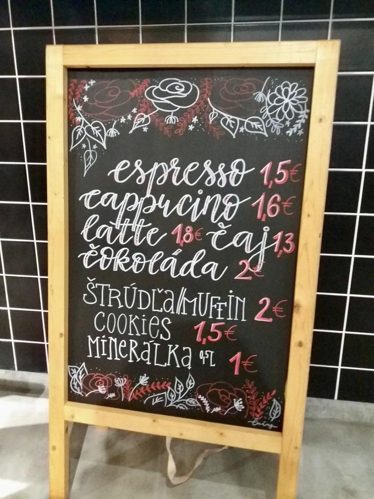 Kriedová tabuľa pre vašu kaviareň
