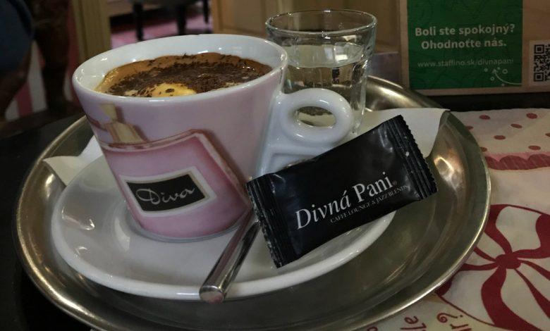Espresso affogato v kaviarni Divná pani v Banskej Štiavnici