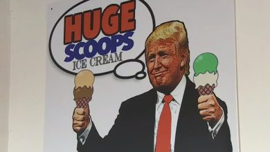Photo of Fanúšikovia Trumpa otvorili kaviareň, propagujú v nej aj držanie zbraní (VIDEO)