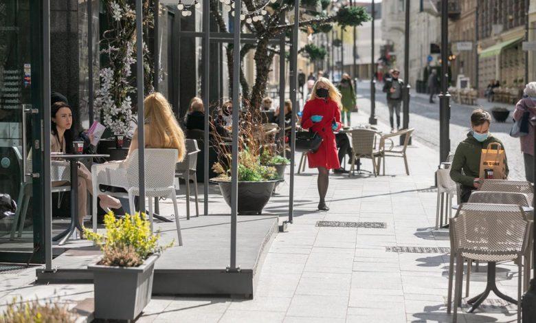 Radnica vo Vilniuse dala letné terasy zadarmo