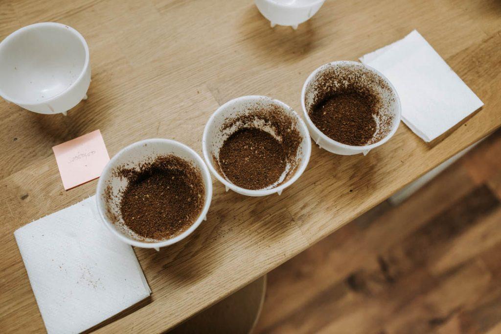 cupping kávy