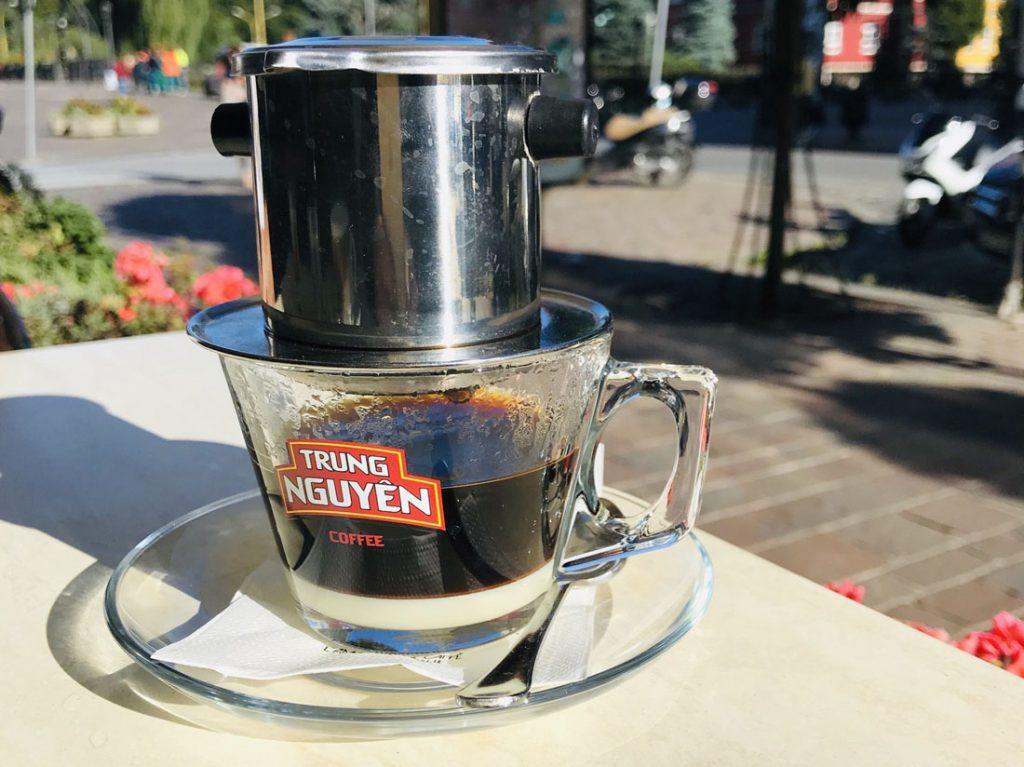 Vietnamská káva, filter phin