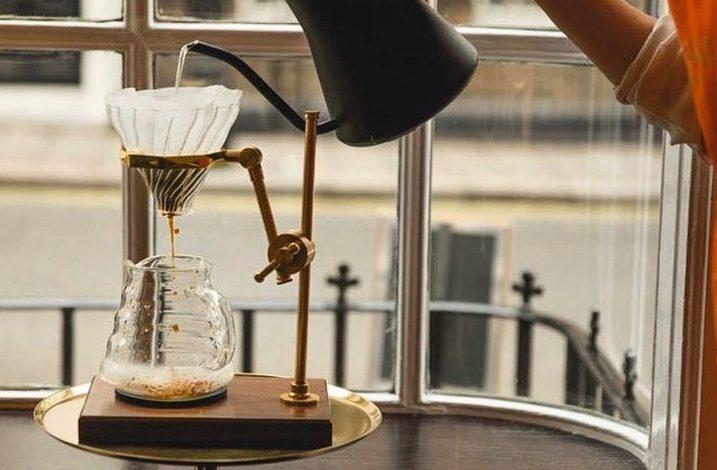 výberová káva za 50 libier