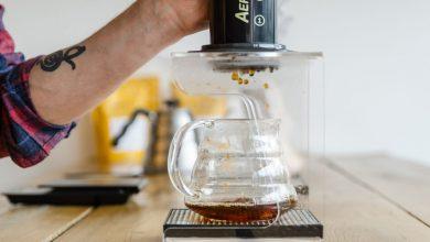 Photo of Výberová káva je hnus a spôsob odlíšenia bradatých hipsterov, tvrdí anglický kritik