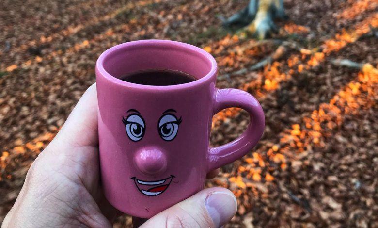 Kávu treba piť v tichu