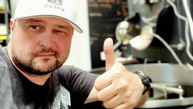 Photo of Michal Maliarik a hľadanie úžasnej kávy: Ročne ochutnám viac ako 365 vzoriek nových káv