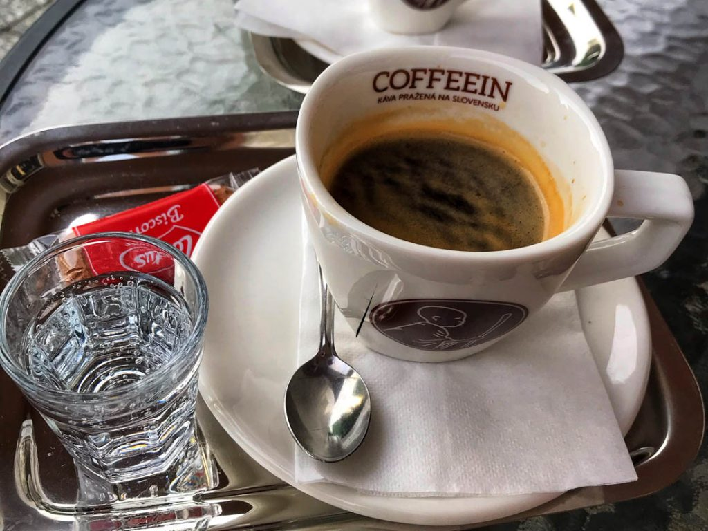 káva a covid