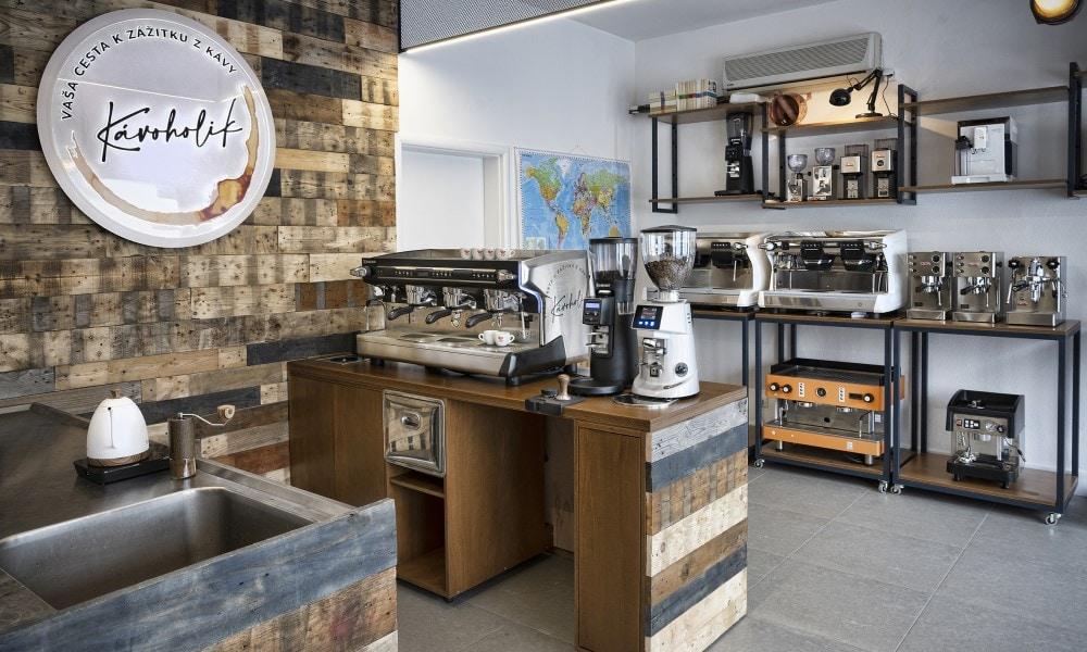 zákulisie spoločnosti Kávoholik