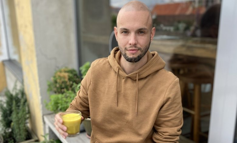 káva a epilepsia, Peter Popovič