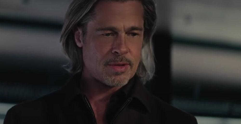 Brad Pitt v reklame DeLonghi čaká na prípravu cappuccina